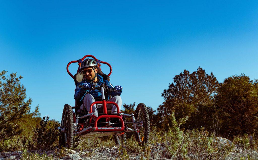 Fauteuil quadrix pour personne à mobilité réduite